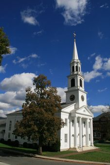 Free New England Church Royalty Free Stock Photos - 3371718