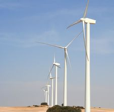 Free Wind Turbines Royalty Free Stock Photography - 3374667