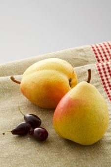 Ripe Pears And Dogwood Royalty Free Stock Photos