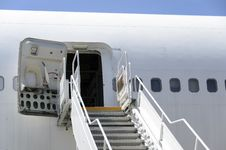 Free Boeing 747 Stairs. Royalty Free Stock Images - 33722019