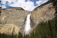 Free Waterfall. Takakkaw Falls, Canada Stock Photos - 33734123