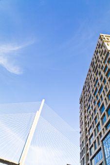 Free Big Suspension Bridge Stock Photography - 33734272