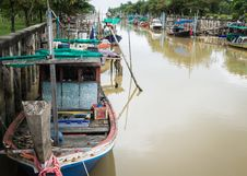 Free Wooden Fishing Boats In The Canal Stock Images - 33738204