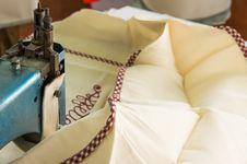 Free Sewing Machine Stock Photos - 33758693