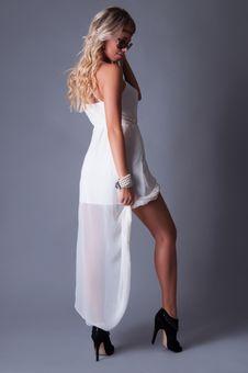 Free Woman In White Dress Stock Photo - 33776660