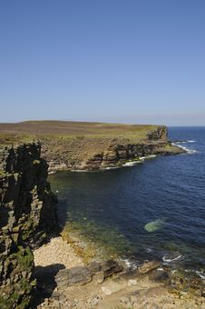 Free Sea-cliffs, Orkney Royalty Free Stock Photos - 33779798