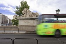 Free Blurred Motion Of A City Bus On A Bridge Royalty Free Stock Photography - 33781937