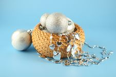 Free Christmas Balls In A Basket Royalty Free Stock Image - 3380426