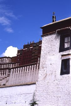 Free Potala Palace Royalty Free Stock Photos - 3380948