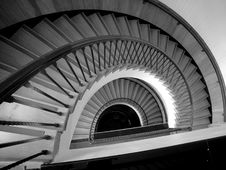 Free Descending Spiral Staircase Royalty Free Stock Photos - 3385048