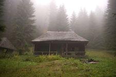 Free Abandoned Hut Royalty Free Stock Photo - 3386135