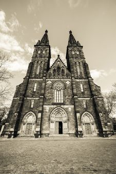 Free Prague, Czech Republic. Basilica On Vysehrad. Royalty Free Stock Photography - 33810377