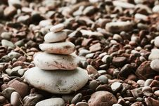Free Pyramid Of Stones On The Beach Stock Photo - 33812080