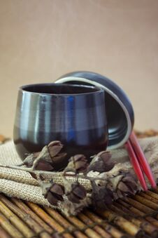 Free Black Cup Of Tea Stock Image - 33827051