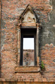 Free Ruin Opening Windows At Maheyong Ancient Temple, Ayutthaya, Thai Stock Photography - 33829102