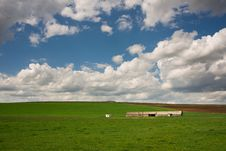 Free Farm Land Royalty Free Stock Photos - 33830988