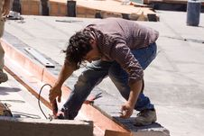 Free Building Worker Royalty Free Stock Images - 33856659