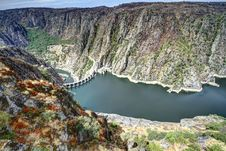 Free Dam Of Aldeadavila Stock Image - 33863421