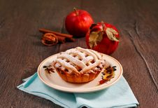 Free Apple Pie Royalty Free Stock Photo - 33871805