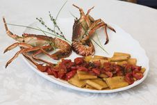 Free Pasta With Lobsters Royalty Free Stock Images - 3391289