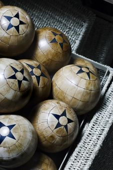 Free Wood Balls Royalty Free Stock Images - 3391989