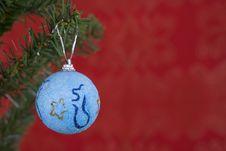 Free Christmas Ball Hanging Stock Photography - 3399132