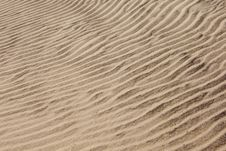 Free Wavy Sands Royalty Free Stock Photography - 3399337