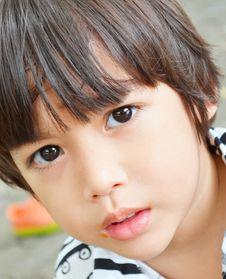 Free Little Boy Beautiful Eyes Portrait Stock Image - 33904001