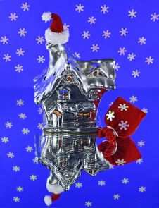 Free Silver House With Santa Hat Stock Images - 33910854