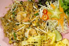 Free Thai Food Pad Thai Stock Photo - 33944140