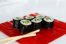 Free Maki Sushi Royalty Free Stock Photos - 33973728