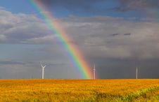 Free Rainbow Over The Field Stock Photo - 33984220