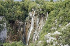 Free Waterfall In Plitvice Royalty Free Stock Images - 33987179