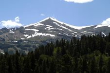 Free Snowy Peak Royalty Free Stock Photography - 345467