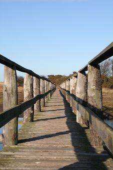 Free Long Wooden Bridge Royalty Free Stock Photography - 348527