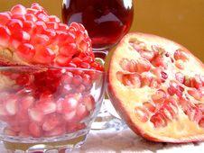 Free Pomegranate Stock Images - 3403024