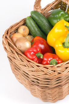 Free Basket With Fresh Vegetables Royalty Free Stock Photos - 3405018
