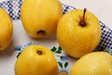 Free Apples Royalty Free Stock Photo - 3405695