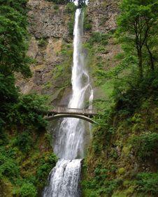 Free Multnomah Falls Royalty Free Stock Image - 3408336