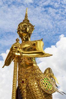 Free Statue Of A Kinnara Royalty Free Stock Photos - 34014898