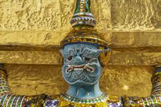 Free Thai Style Statue Of A Giant Stock Photography - 34014922