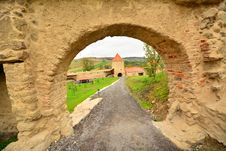 Free View Of The Gate Tower Of The Medieval Fortress From Rupea. Royalty Free Stock Photo - 34016975