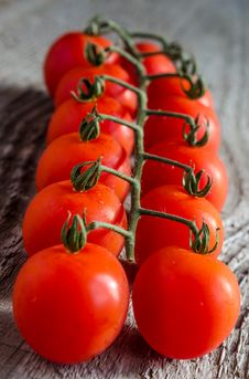 Free Cherry Tomatoes Stock Images - 34074104