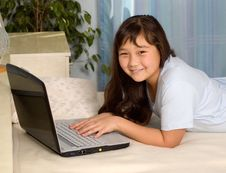 Free Girl With Notebook. Royalty Free Stock Image - 3410446