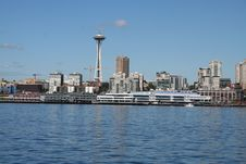 Free Space Needle From The Water Stock Images - 3410754