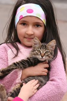 Free The Nice Girl With A Kitten Stock Photography - 3416122