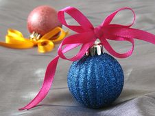 Free Christmas Baubles Stock Images - 3417474