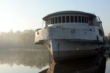 Free Abandoned Ship Royalty Free Stock Image - 3419716