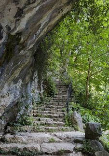 Free Stone Stairs Stock Photo - 34105220