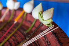 Free Lotus Incense Joss Stick Royalty Free Stock Image - 34164996